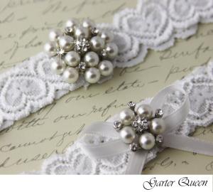 wedding garter set white stretch lace rhinestone applique garter queen viogemini